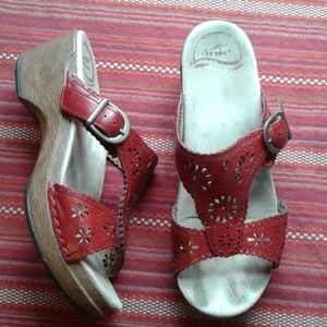 DANSKO leather red buckle sandal slide.
